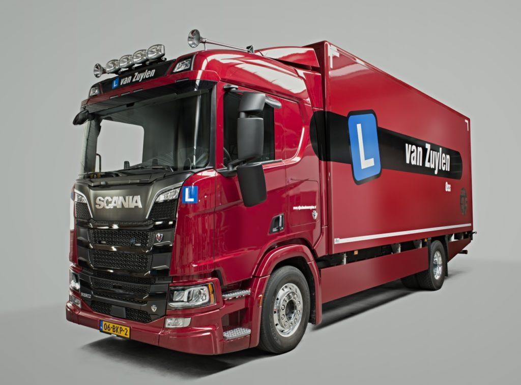 Scania dubbele bediening en spiegels lesvrachtwagen Peheja